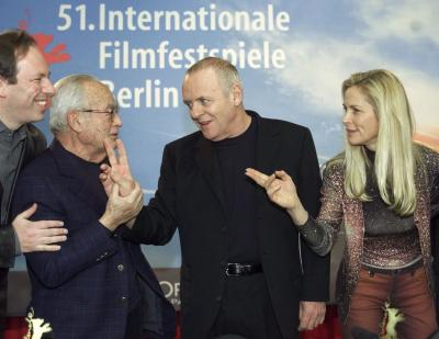 British actor Anthony Hopkins, second right, is flanked by composer Hans Zimmer, left, producer Dino De Laurentiis and producer Martha De Laurentiis, right, prior to a news conference on his movie 'Hannibal' at the Berlin film festival 'Berlinale' Sunday, Feb. 11, 2001. 'Hannibal' was screened in addition to the other 23 movies in competition. Photo by Herbert Knosowski (AP)